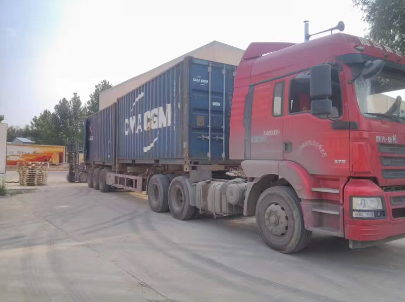 Delivery 40 feet container of laser machines to Spanish