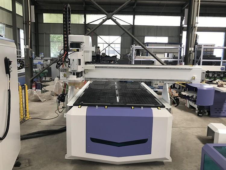 ATC CNC Router with Auto Tool Change price for sale